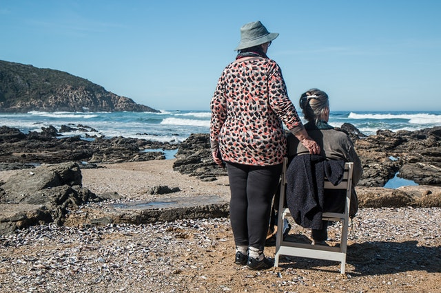 Dealing with Dementia: Interacting and Communication with Elders | My Delta Care